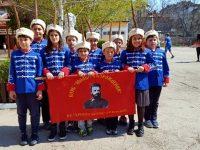 """Млади възрожденци от НУ """"Христо Ботев"""" – Плевен облякоха новите си униформи"""