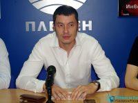 Депутатът Стефан Бурджев с приемна за граждани в Долни Дъбник днес