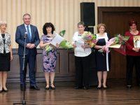 Кметът Георг Спартански награди медицински сестри
