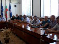 Редица наболели проблеми поставиха пред депутата Стефан Бурджев кметове и съветници от община Никопол
