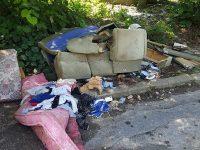 Кметът Спартански: Изхвърлянето на боклука извън контейнерите става практика