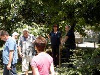 Депутатите Владислав Николов и Ралица Добрева се срещнаха с жителите на Божурица