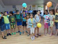 """Летни занимания за бъдещите си първокласници организират в НУ """"Христо Ботев"""" – Плевен (галерия)"""