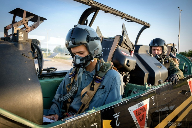 Обявен е конкурс за 77 вакантни длъжности във ВВС, има свободни позиции и в Долна Митрополия