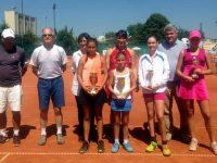 Роси Денчева триумфира на двойки в международен турнир