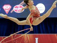 Невяна Владинова със златен медал на обръч от Световната купа