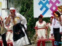 """Слънчева Гърция очаква танцьорите от ФТК """"Българско хоро"""" – Плевен"""