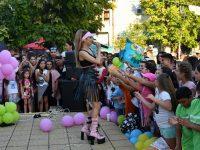 """С конкурс """"Малкият Пикасо"""", Гери-Никол и Михаела Маринова откриха учебната година в Кнежа"""