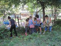 """И СУ """"Пейо Яворов"""" се включи активно в кампанията """"Да изчистим България заедно"""""""