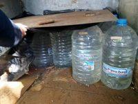 Над 600 литра нелегален алкохол иззеха от търговски обект в Плевен