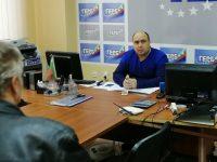Граждани отново потърсиха съдействие от депутата Владислав Николов по време на редовната му приемна днес