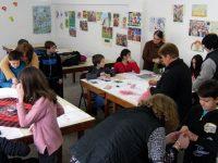 Работилница за мартеници отвори врати в читалището в Никопол