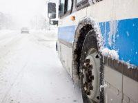 Тежко ПТП на пътя към Гривица, затруднено е придвижването в участъка