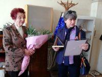 С благодарност и признателност към д-р Калпазанова, неуморния й труд и грижа за гражданите на община Долна Митрополия