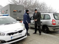 Областният управител на Плевен провери на място ситуацията, предизвикана от закъсал румънски ТИР