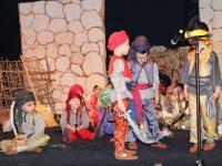"""Деца от ДГ """"Чучулига""""-Плевен като истински артисти в представлението """"Али Баба и четиридесетте разбойника"""""""