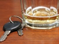 В Ореховица пиян шофьор отнесе акт от Полицията