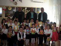 Депутатът Владислав Николов бе гост на празник на детската книжка в Брестовец