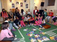 """Над 150 деца от Долни Дъбник се включиха в кампанията """"Походът на книгите"""""""