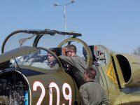 Интензивната летателна подготовка на летище Долна Митрополия продължава