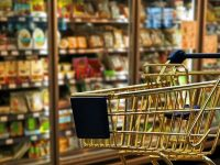 Община Плевен провери спазват ли часовете за пазаруване възрастните хора