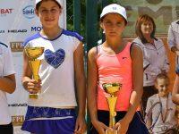 Росица Денчева и Елизара Янева триумфираха с титлата на двойки на Държавното първенство до 12 год.