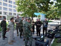 Техника за разузнаване и обезвреждане на взривни устройства показаха в Белене на чуждестранни военни