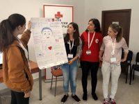 Млади плевенски червенокръстци получиха сертификати от обучение по първа долекарска помощ