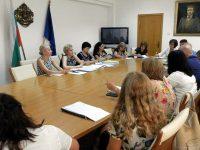 Работна среща за обхващането на ученици в образователната система се проведе в Плевен
