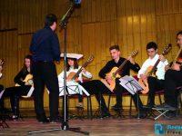 Плевенски таланти ще участват днес в китарния фест Burgas Jam