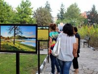 "В Кнежа откриха изложбата ""Времето с Юли Горнишки и Емо Чолаков"""