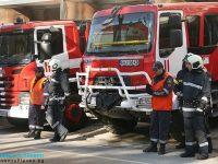 Пожарникарите оказаха техническа помощ при две катастрофи в Плевенско