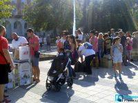 """Огромен интерес към кампанията """"Стара хартия за нова книга"""" в Плевен (снимки)"""