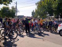 В Кнежа организираха велопоход по повод Европейския ден на спорта в училище
