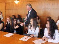 Шестима младежи видяха отблизо какво е да си кмет на Плевен