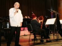 Деца от Плевен пяха и се забавляваха заедно с арлекинчетата и Хайгашод Агасян