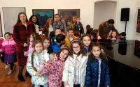 """Малчугани от ДГ """"Надежда"""" – Плевен гостуваха в ХГ """"Дарение Светлин Русев"""""""