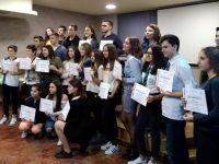 Ученици от Долна Митрополия и Тръстеник участваха в осмата Парламентарна сесия на Младежкия воден парламент