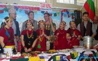 Над 250 студенти от 11 националности представят своя бит, култура и кухня в Деня на народите в МУ – Плевен (галерия)