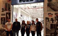 BUZZ отвори врати в Панорама мол Плевен с брейк шоу и 20% отстъпка на всички стоки
