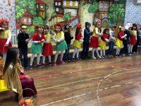 """В ДГ """"Звънче"""" – Плевен изпратиха есента с пъстро и весело тържество"""