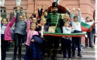 """НУ """"Единство"""" – Плевен подари на учениците си урок по родолюбие """"Левски и Ботев на живо"""""""