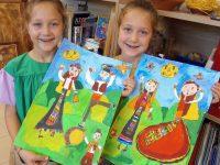 """Талантливи близначки от арт школа """"Колорит"""" с награди от Испания"""