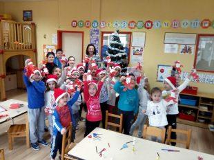 """Деца от ОУ """"Лазар Станев"""" и ДГ """"Снежанка"""" твориха и се забавляваха заедно (галерия)"""