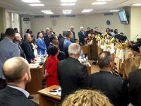 Малки коледари гостуваха в Общинския съвет в Плевен на Игнажден