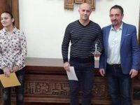 """Ангел Стефанов получи приза за """"Треньор №1"""" на Плевен за 2018 г."""