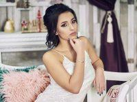 """Огняна Арабаджиева е победителката в играта """"Лице на Месец Декември"""" на G&M Studio Pleven"""