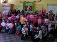 """Учениците от НУ """"Единство"""" – Плевен подкрепиха кампанията """"Не на тормоза в училище"""""""