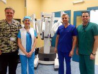 """Първите успешни урологични робот-асистирани операции в УМБАЛ """"Света Марина"""" – Плевен извърши екипът на доц. Николай Колев"""