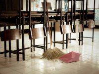 Идея: По японски модел учениците в Плевен да чистят класните си стаи!